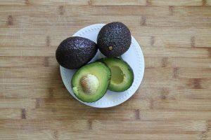avocado-1386755__480