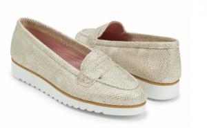 zapato con suela cuidar los pies